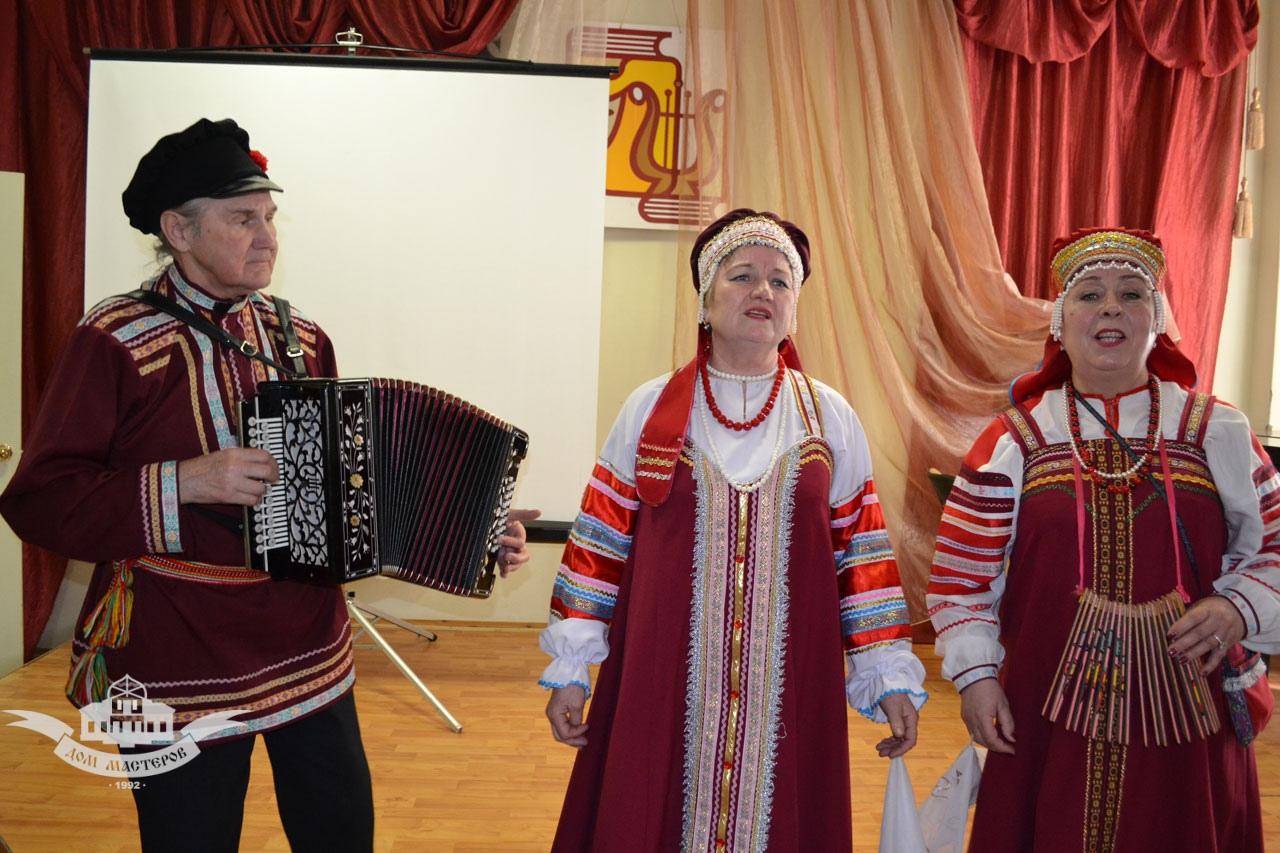 Выступление Калужской тальянки